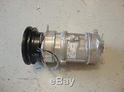 2040 2950 3300 6600 7720 John Deere Tractor Air Conditioner Compressor