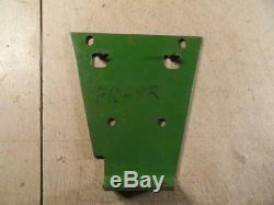 John Deere G Water Pump Fan Support NOS NEW F1058R